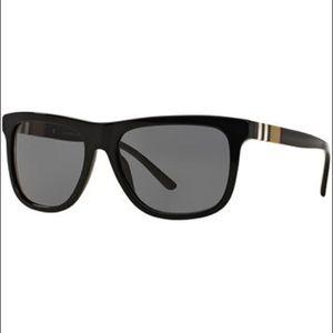 ‼️New Never Worn Men's Burberry Sunglasses 🕶 ‼️